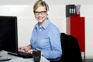 smiling-help-desk-woman